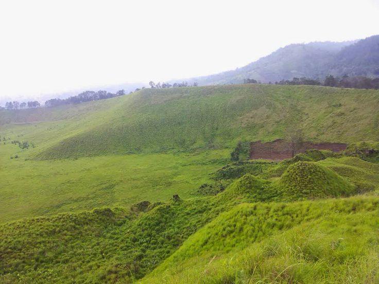 Kawah Wurung Pemandangan Menawan di Bondowoso Jawa Timur - Jawa Timur