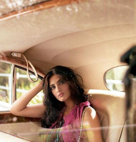 Sonam Kapoor. #sonam kapoor #fashion