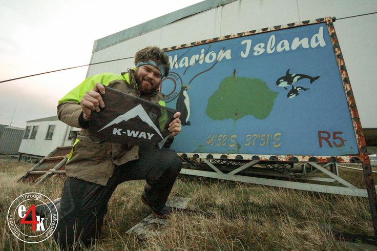 @JohnLucas_co_za on Marion Island in the Sub-Antarctic with a #KWay #South #Africa , #CapeUnionMart Flag (S46 49 30 ; E37 52 50 ) #e4k_JohnLucas #e4k #e4k_flags