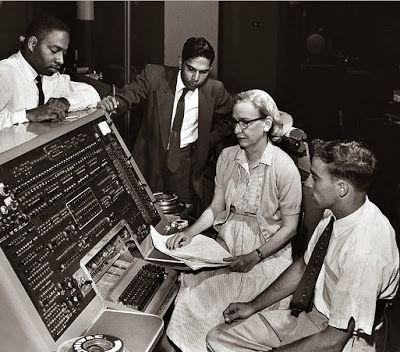 Dr. Grace Murray Hopper (Tokoh Wanita Dalam Sejarah Teknologi Komputer) | Dokumen Pemuda TQN Suryalaya News