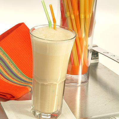 Apricot Smoothie  (Easy; 4 servings)