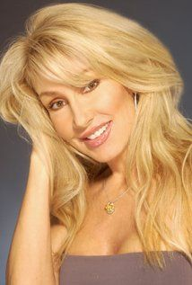 Linda Thompson -former girlfriend of Elvis. Mother of Brody and Brandon Jenner