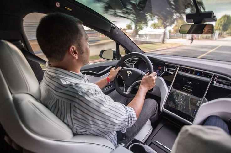 2016-Tesla-Model-X-interior-at-speed.jpg (2048×1360)