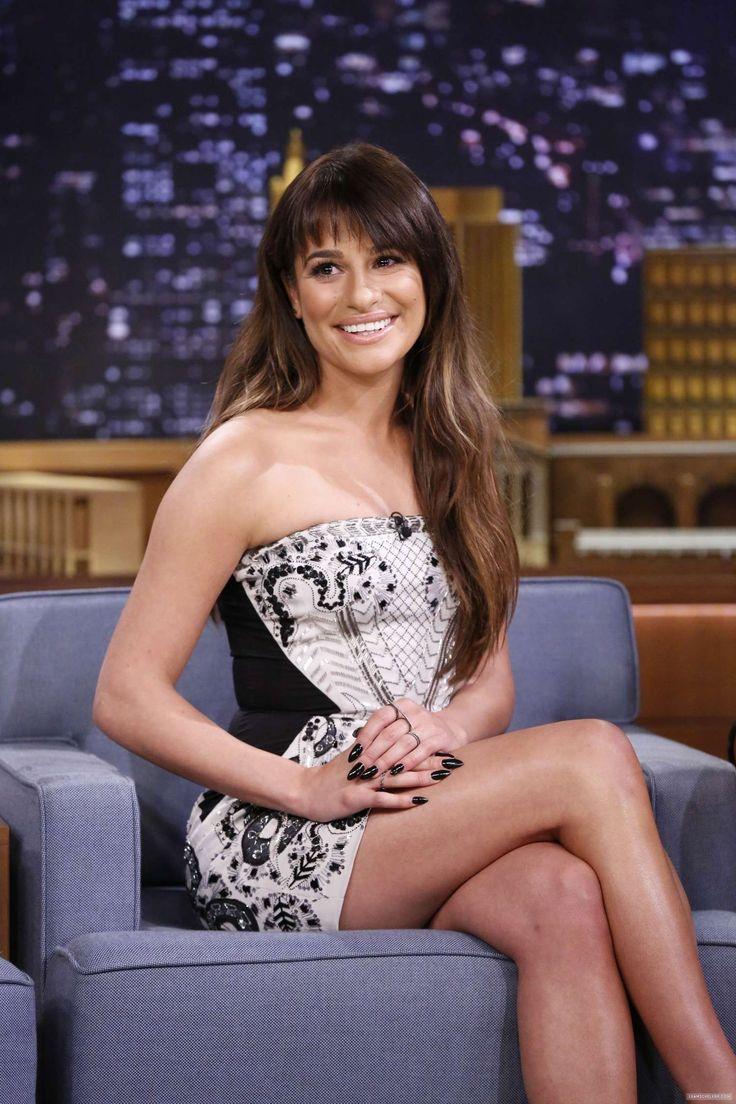 Lea-Michele:-Late-Night-with-Jimmy-Fallon-2014--04.jpg (1500×2250)