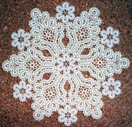 Advanced Embroidery Designs - FSL Battenberg Snowflake Doily Set