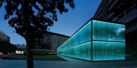 Roca Barcelona Gallery / OAB architects