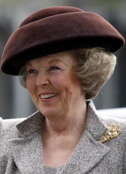 Queen Beatrix | The Royal Hats Blog | Queen Beatrix's Hats--From the 1970s until 2003, Harry Scheltens designed most of Queen Beatrix's hats. From all accounts, Scheltens was a playful personality who took greater risks with Beatrix's hats as the years went on. I think the shift you noticed during the 1990s was simply a designer pushing the creativity of his work.