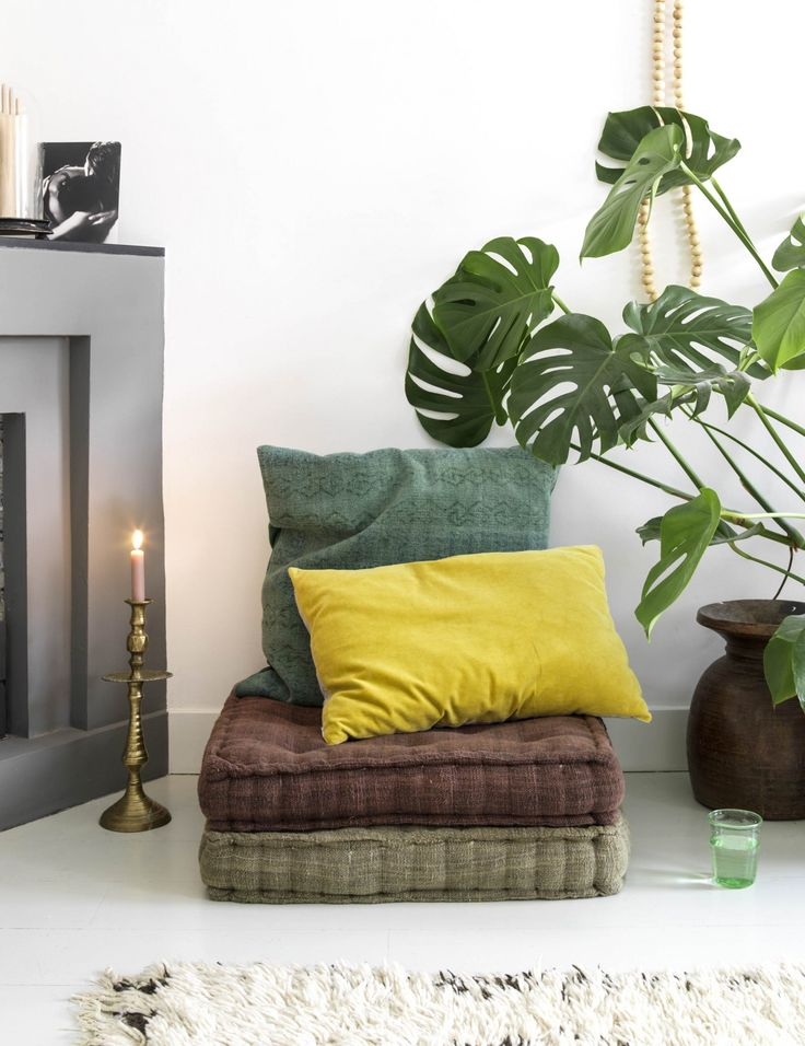 Een standaard interieur is niets voor Marieke. 'Bij mij vind je geen gloednieuwe meubels. Ik word blij van een huis vol kunst en unieke eigentijdse items die een verhaal vertellen.'
