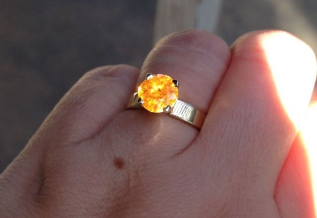 2.5ct 8mm Loliondo Spessartite by Gene Flanigan precisiongem.com 18kt Jabel ring