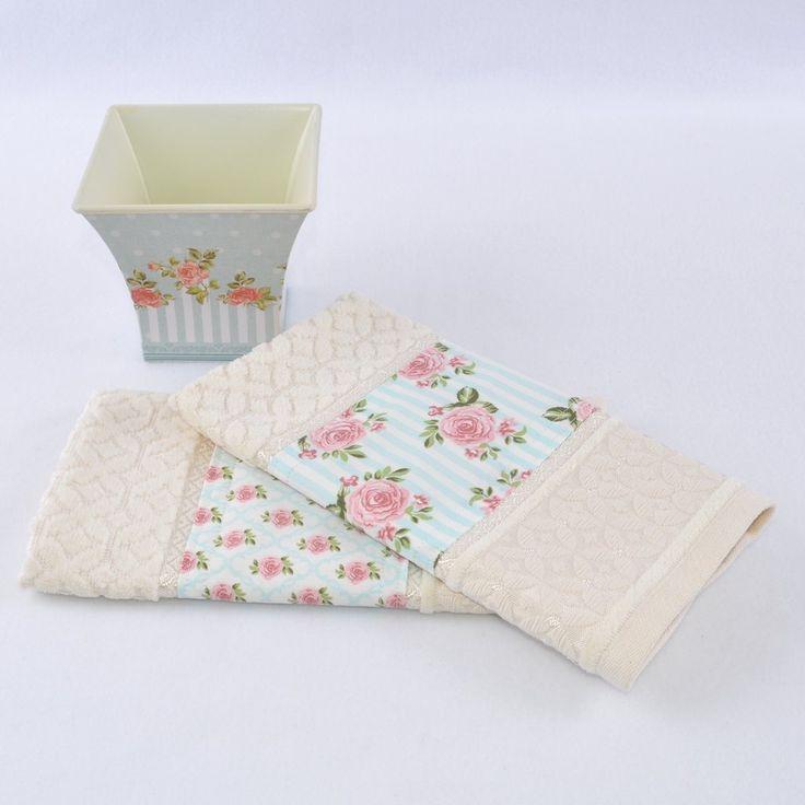 kit 2 toalhas lavabo bege com cesto floral retr vintage roses cole o mon bouquet pinterest. Black Bedroom Furniture Sets. Home Design Ideas