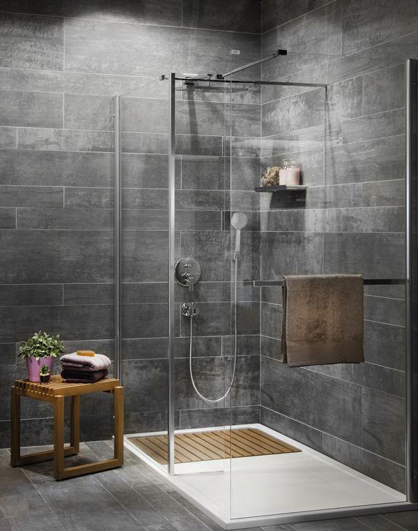 Farklı büyüklükteki banyolara da uyum sağlayan Floor Serisi duş teknesi, kapısız olmasından dolayı rahat bir giriş alanına sahip.