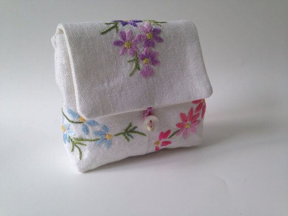 Vintage embroidery purse by AtheneCrafts on Etsy