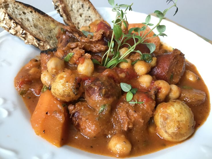 Grab a bottle of Rioja (or two), and bring Madrid to your kitchen with this rich and flavorful Spanish Chickpea & Chorizo Stew:  https://www.platecations.com/single-post/SpanishChickpeaChorizoStew