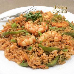 Esta receta de arroz thai con langostinos se prepara con arroz jazmín pero puedes usar cualquier arroz de grano largo que encuentres en el mercado.