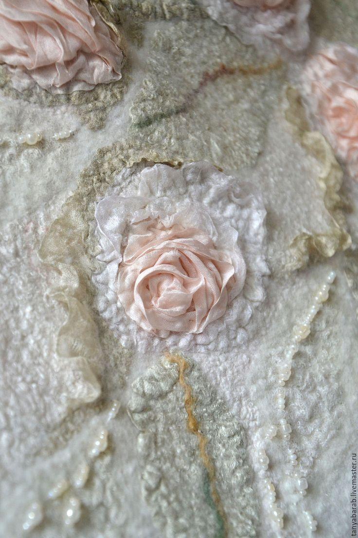 """Купить Шаль """" Английские розы"""" войлок - белый, нарядная шаль из войлока"""