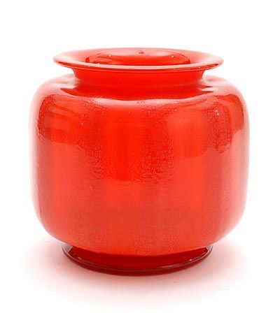 Orange/red glass Unica C 3 vase with crackle on red glass applied stand design A.D.Copier 1927 executed by Glasfabriek Leerdam / the Netherlands
