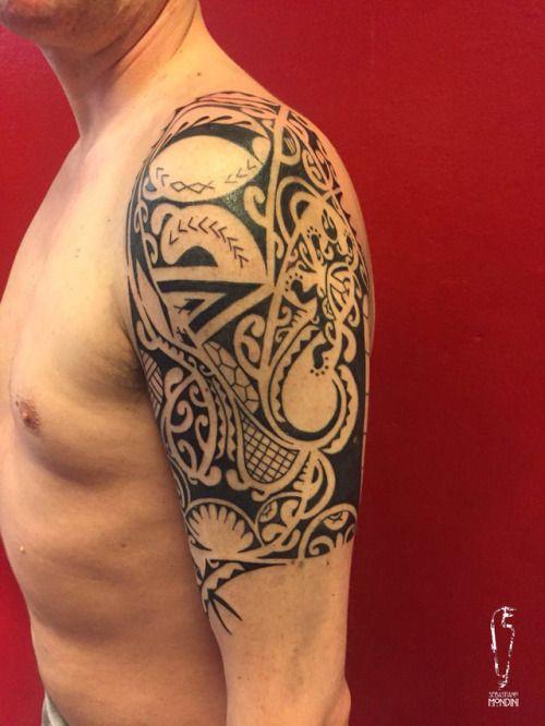 """PrimitiveBebo #sebastianomondini #modernprimitive #primitive #polynesiantattoo #polynesian #blackworktattoo #blacktattoo #polynesianshouldertattoo #modernprimitive #mp #sebatattoo #sebatattoobologna #tattoobologna #bologna #tattoo #ink #inked #bodyart """"modern/primitive Piazza della Pace 8/B 40134 Bologna - Italia"""