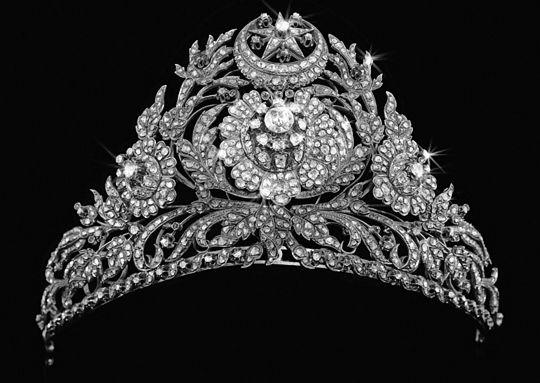 Ottoman diamond and ruby set gold tiara, Turkey, c. 1800