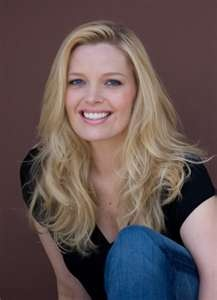 Melissa Peterman. HILARIOUS!!!!!!!!!!!!!!!