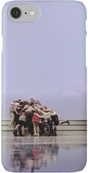 Glee Cast Group Hug  iPhone 7 Cases