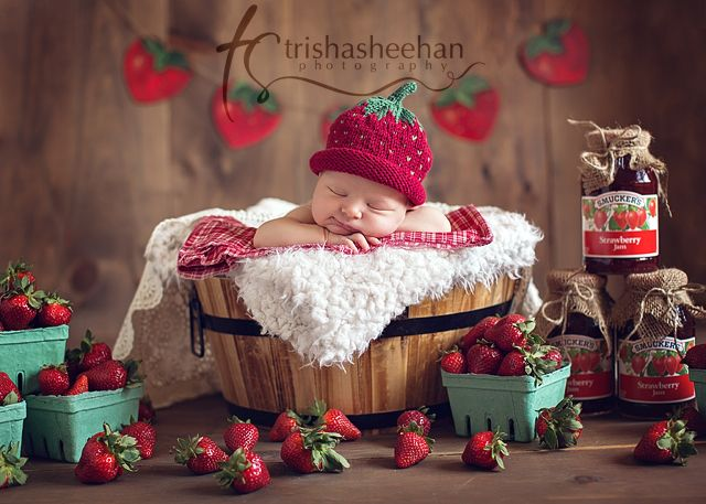 Evoking You - newborn photography advice | Adorable Newborn Baby Photo Session Ideas | Props | Prop | Child Photography | Clothing Inspiration| Fashion | Pose Idea | Poses | Outdoor | Strawberry Theme