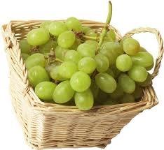 05 - MONOSACARIDOS - Son los carbohidratos de estructura más simple. Destacan:  Glucosa: Se encuentra en las frutas o en la miel. Es el principal producto final del metabolismo de otros carbohidratos más complejos. En condiciones normales es la fuente exclusiva de energía del sistema nervioso, se almacena en el hígado y en el músculo en forma de glucógeno.  Fructosa : Se encuentra en la fruta y la miel. Es el mas dulce de los azúcares. Después de ser absorbida en el intestino, pasa al hígado