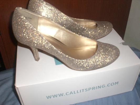 Gold Glitter Heels (Low Heel) | LUUUX