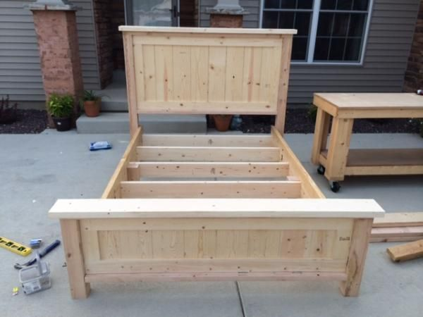 Best Farmhouse Queen Bed And Headboard Do It Yourself Home 400 x 300