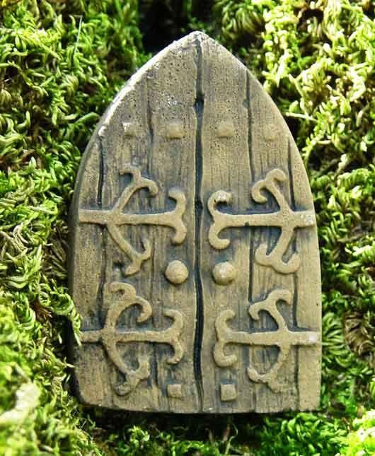 161 best images about faerie windows doors on pinterest for Secret fairy doors by blingderella