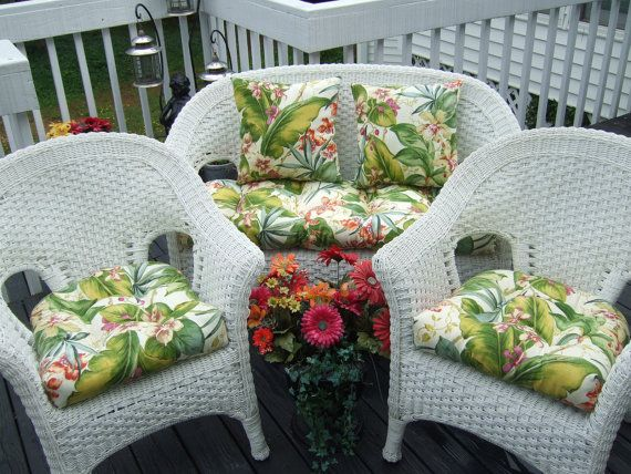 Indoor / Outdoor Wicker Cushion 5 pc set - Tommy Bahama Green Pink Tropical Floral - 1 Love Seat Cushion, 2 Chair Cushions, 2 Throw Pillows