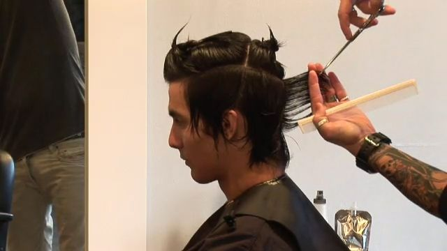 video. Cutting men's hair