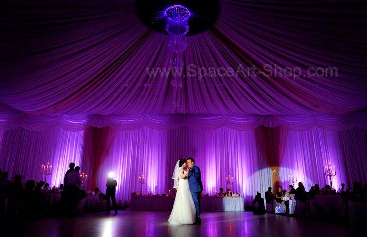 Iluminare sala de evenimente ! Corpuri de iluminat din fibra optica si cristale iluminate full RGB, realizate doar la comanda in functie de preferintele dvs ! www.SpaceArt-Shop.com