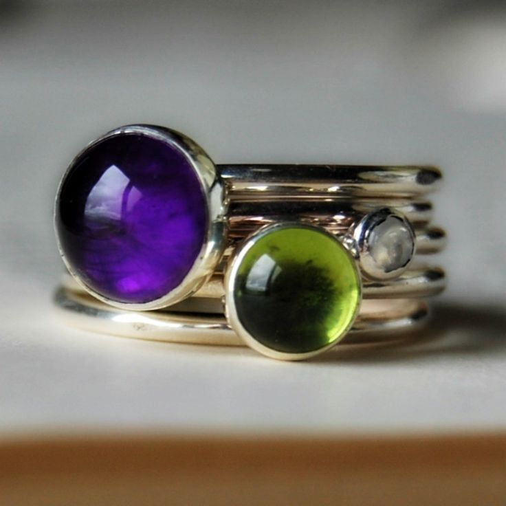 Peridot and amethyst gemstone stacking rings by Alison Moore