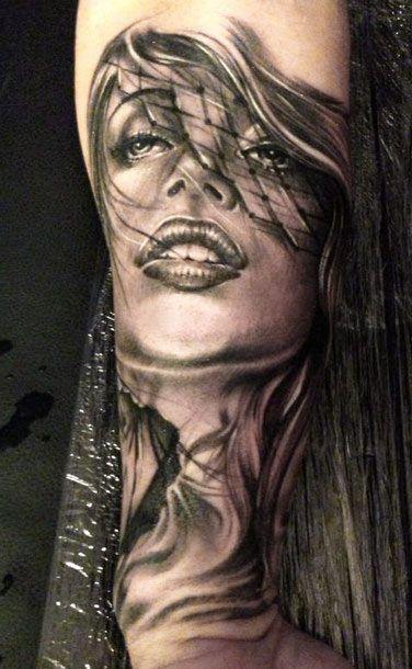Tattoo Artist - Eze Nunez - woman tattoo   www.worldtattoogallery.com