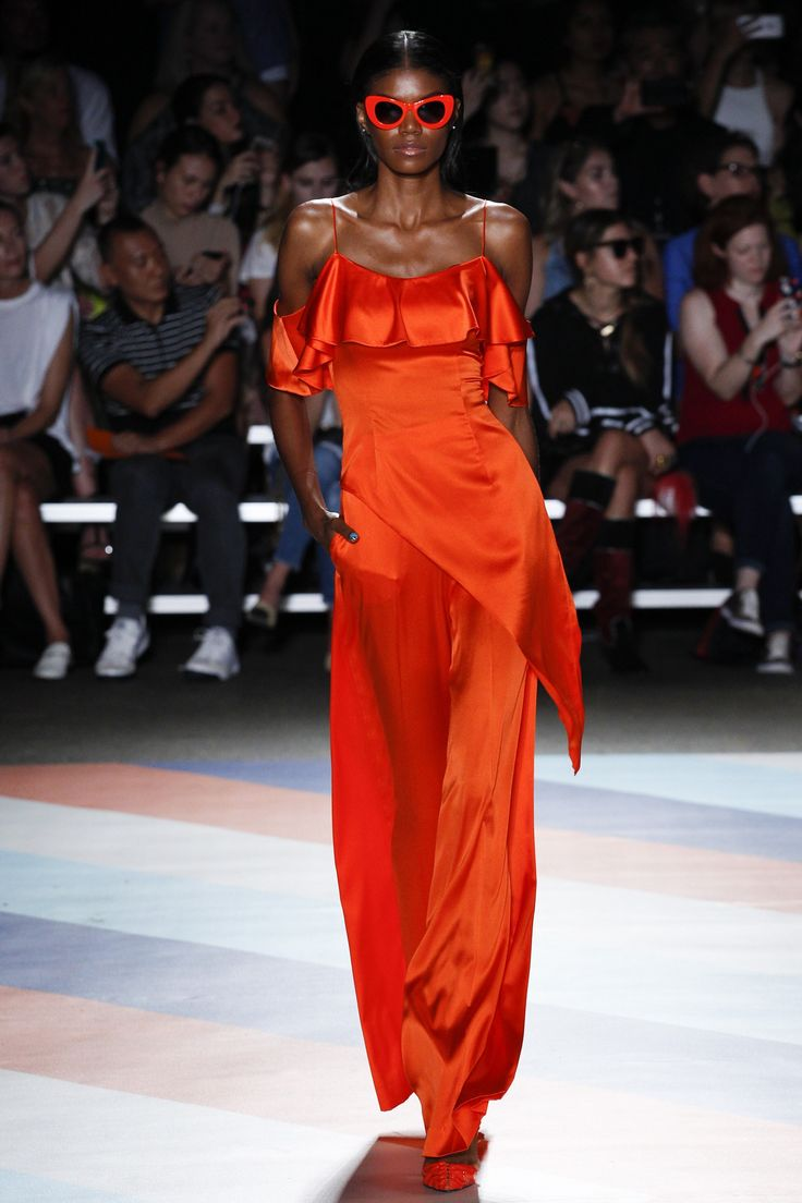 Christian Siriano Spring 2017 Ready-to-Wear Collection Photos - Vogue