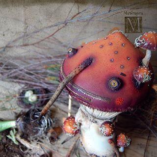 Дорогие мои! 🌷🌷🌷🌷🌷🌷🌷🌷🌷🌷🌷🍄 С Восьмой Мартой вас всех! С Весной! И пусть она будет волшебной!  Happy Spring holiday! #8марта #весна #мандрагоринычудовища #мандрагоринотворчество #аманита #мухомор #гриб #существо #март #mandragora_root #creature #8marta
