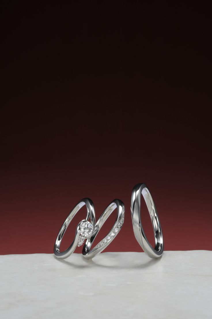 婚約指輪:雪咲-ゆきさき- ~微笑む君と~ / 結婚指輪:樹氷-じゅひょう- ~白銀に輝く世界~