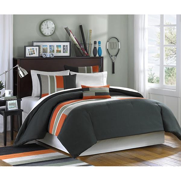 Boys room - Orange bedding