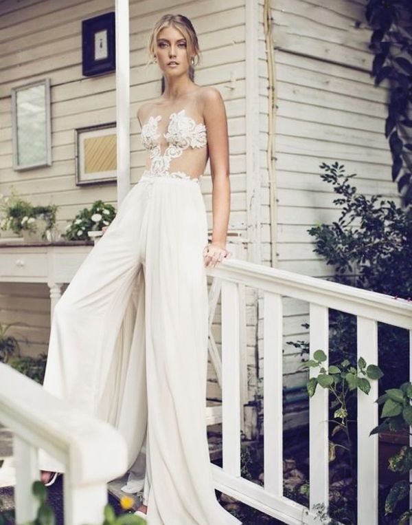 55f86d80fbbf 25 Unconventional Bridal Pants   Suits for the Modern Bride ...