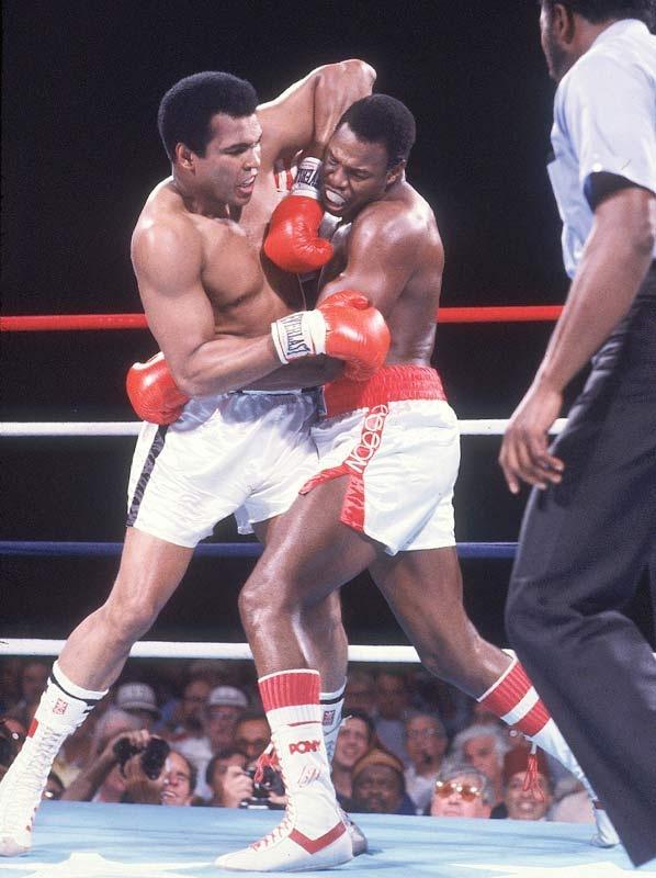 Muhammad Ali vs. Larry Holmes (1980)