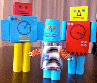 look, love, create... a robot!  Love this entire blog - kids' crafts based on books!