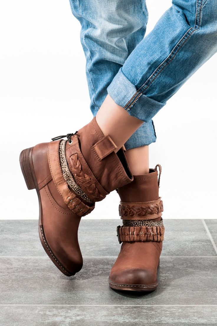 These Boots are made for walking! Westernstiefel sind diesen Herbst wieder voll im Trend und wir haben die schönsten Modelle für euch ausgesucht