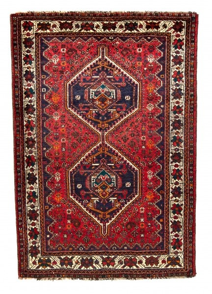 These carpets are probably the most original of Oriental carpets. They are made by nomads in their tents.
