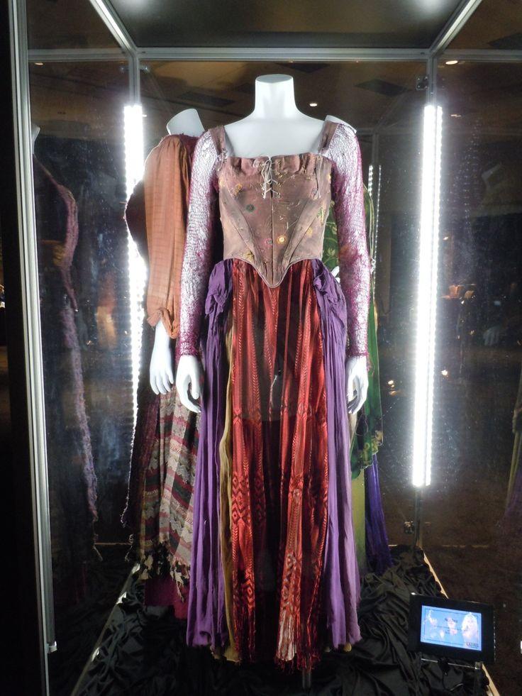 Costume worn by Sarah Jessica Parker  as Sarah Sanderson in Hocus Pocus
