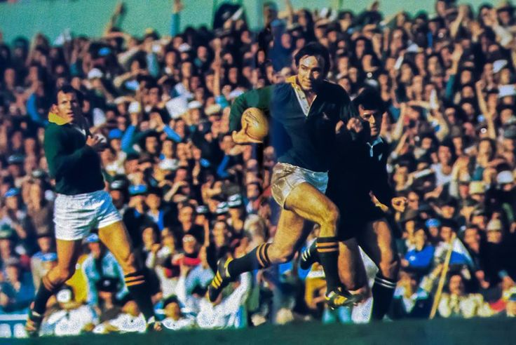 4 Sept 76 - SA 15 / All Blacks 10  Johan Oosthuizen on his way to the goalline after intercepting the ball. Bottom picture: dotting down with Duncan Robertson too late