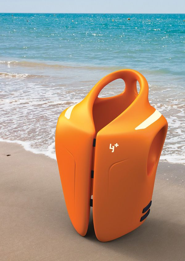 Life Jacket Plus. The Life Jacket Plus features two ring-shaped, easy-to-grab handles on the collar, so that it is easy to grab a drowning victim and rescue them. The overall shape of the life jacket fits the body's curves and is in line with the principles of ergonomics. It is comfortable and does not fall off easily.