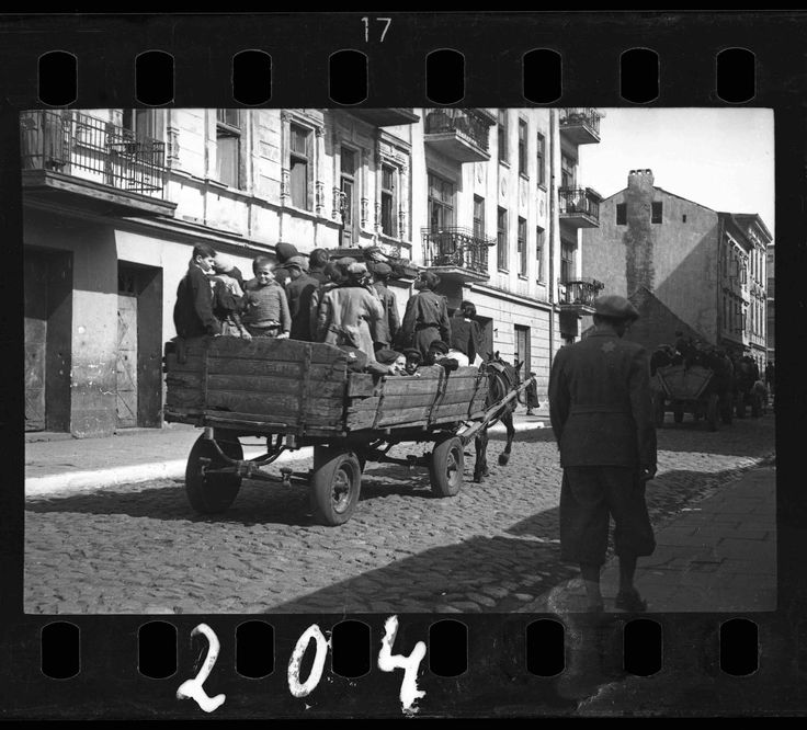 04. Children transported to the Chelmo nad Nerem death camp_Henryk Ross copy