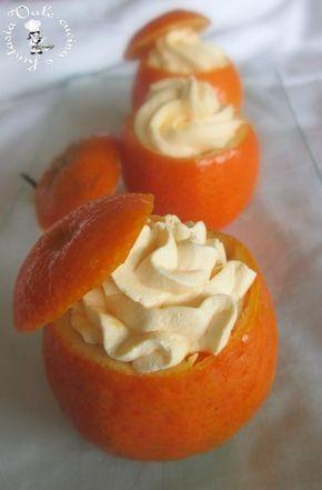 Mousse al mandarino,fresca e delicata ideale per fine pasto e per fare un figurone durante le feste di Natale