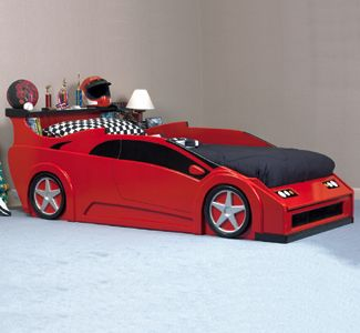 Sports Car Bed Woodworking Plan Any young child would be thrilled to sleep on this sleek red sports car bed. #diy #woodcraftpatterns