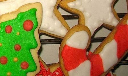 Biscottini speziati da appendere all'albero di Natale   Ricette della Nonna
